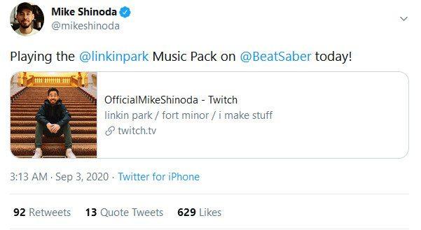 Mike Shinoda plays Beat Saber